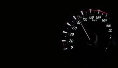Velocidade escalar: o que é, fórmulas e muito mais!